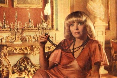 Актриса Светлана Светличная из суеверия боится называть дату выписки из больницы.