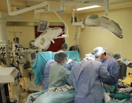 Стали известны подробности о состоянии здоровья Худрука Большого театра Сергей Филина. Сегодня ему сделают операцию на глаза.