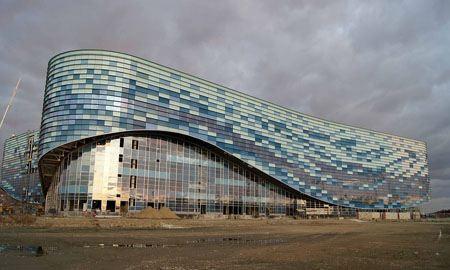 Строительство ледового дворца в Сочи