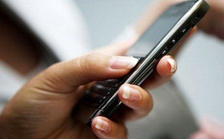 Судебные приставы в 2013 году разошлют 8 млн смс с напоминанием о долгах.