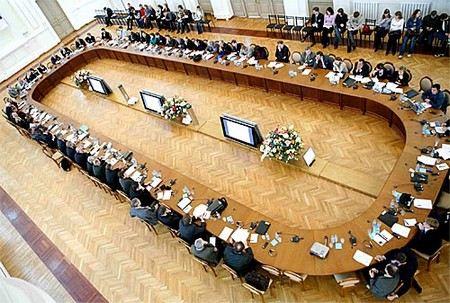 Депутаты Госдумы хотят провести реформу Общественной палаты.