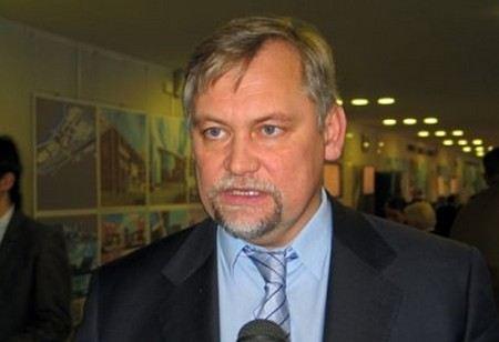 Следственный комитет хочет лишить неприкосновенности депутата Госдумы Вадима Булавинова и возбудить против него уголовное дело.