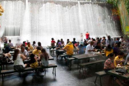 Ресторан у воды