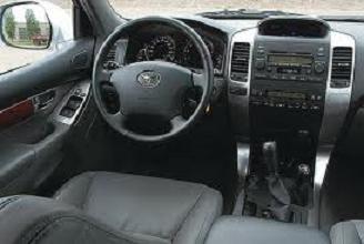 Toyota Land Cruiser Prado - салон