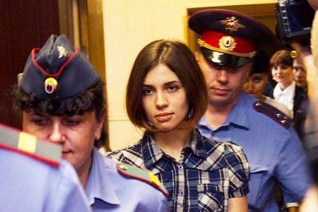 Надежда Толоконникова Pussy Riot легла в больницу для осужденных.