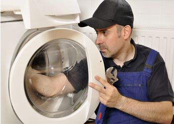 Хороший мастер поставит «на ноги» любую стиральную машину