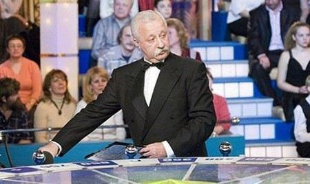 Телеведущий Леонид Якубович попал в больницу из-за проблем с сердцем.