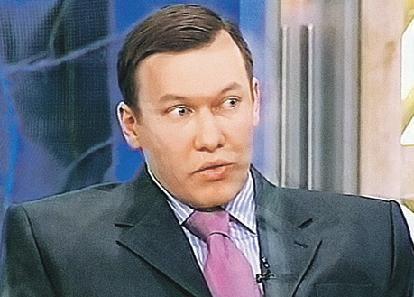 Сергей Зыкин продает квартиру тети