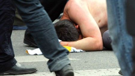 В Петербурге полиция проводит проверку массовой драки.