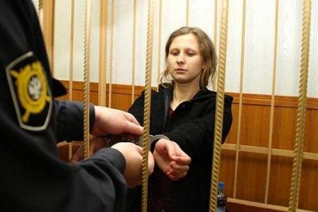 Мария Алехина из Pussy Riot пробудет в карцере еще три месяца.