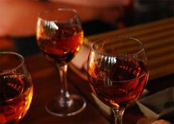 Британцы пьют намного больше, чем кажется им