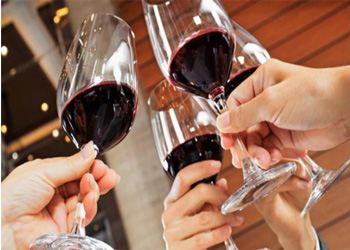 Англия проводит антиалкогольную кампанию