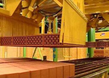 По итогам января 2013 года производство строительного кирпича увеличилось на 40%