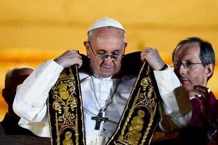 Папа Римский стал священником из-за несчастной любви.