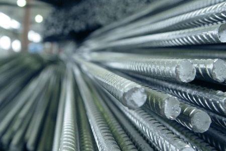 В феврале отмечено снижение российского производства металлопроката и стали