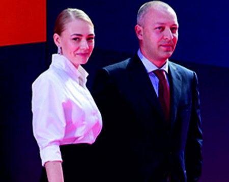 Актриса Оксана Акиньшина находится на грани развода.