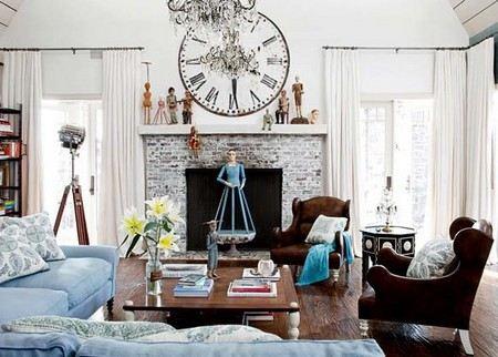 Семейка Осборнов продает дом в Калифорнии.