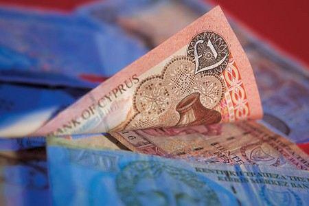 Парламент Кипра отказался ввозить налоги на вклады до 100 тыс. евро.