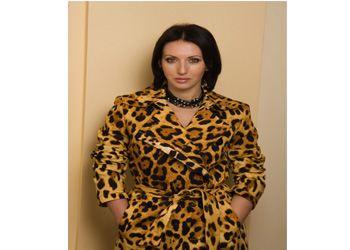 Алика Смехова в подарок предпочитает получать парфюмерию