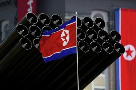 Ким Чен Ын приказал военным КНДР привести ракеты в боевую готовность.