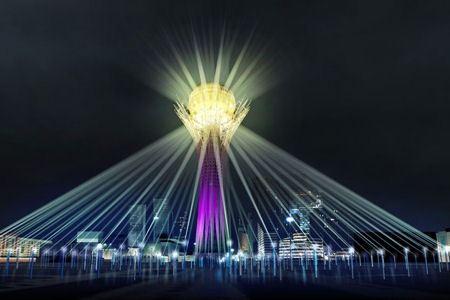 Световое шоу в Астане