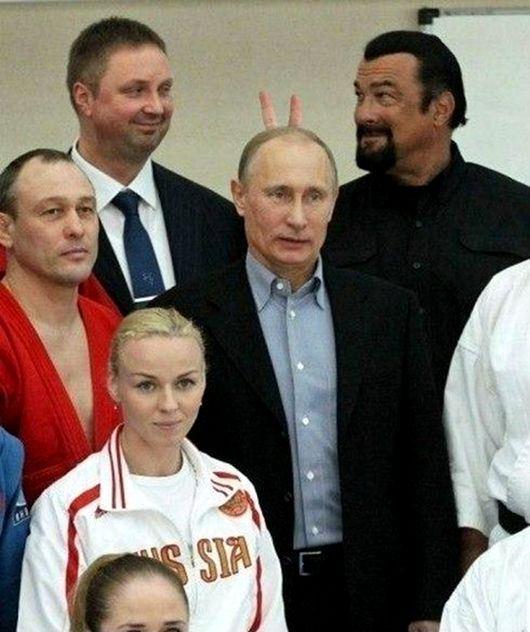 Стивен Сигал наставил рожки Путину