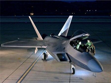 В Южную Корею переброшены самолеты-истребители ВВС США.