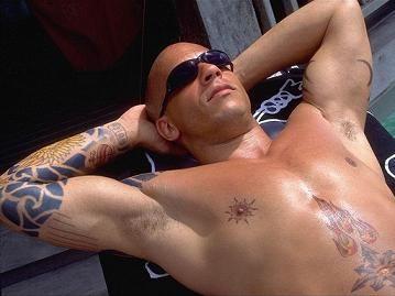 Татуировки - одна из них сделала Дизеля знаменитым (3Х)