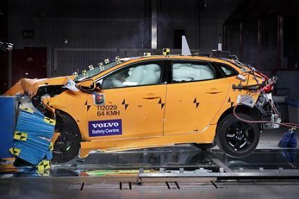 Краш-тесты моделей Volvo S60 и XC60 получили высшую оценку