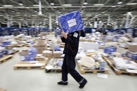 В Московской области застряло 500 тонн посылок «Почты России».