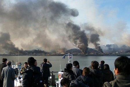 Власти КНДР призвали иностранцев покинуть территорию Южной Кореи.