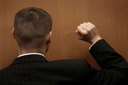 Сбербанк будет сам бороться с должниками