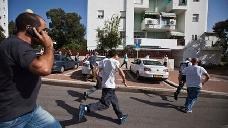 Город Эйлат в Израиле обстреляли ракетами.