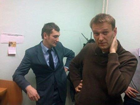 В отношении Алексея Навального и его брата Олега возбуждено еще одно уголовное дело.