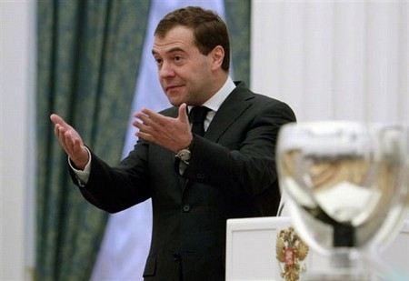 81% россиян не могут назвать ни одно заслуги в работе правительства Дмитрия Медведева