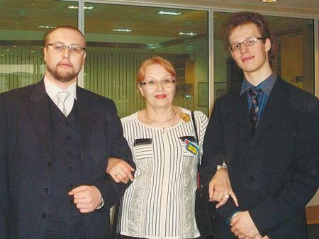 Жена и сыновья Василия Ливанова