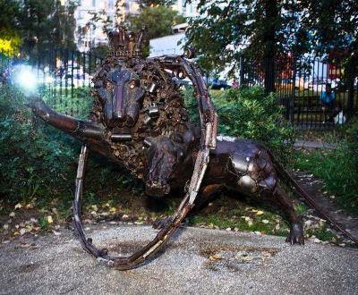 И в Москве такие скульптуры уже есть