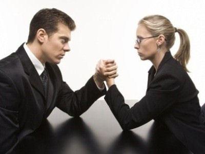 Бизнесвумен против бизнесменов