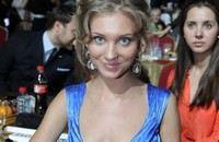 СМИ: Кристина Асмус хочет родить ребенка Гарику Харламову и советуется со Светланой Пермяковой