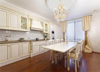 Важная тенденция в дизайне кухонного интерьера на 2013 год - стремление к минимализму