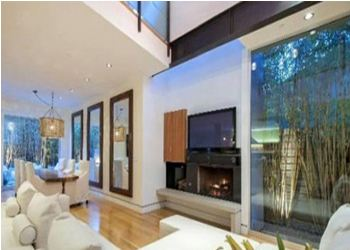 Jennifer Love Hewitt gave herself a mansion for 3.25 million dollars