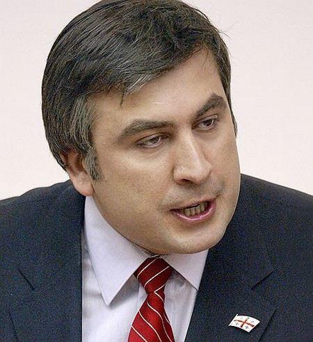 Президента Грузии Михаила Саакашвили подозревают в нецелевом расходовании бюджетных средств на свою красоту.