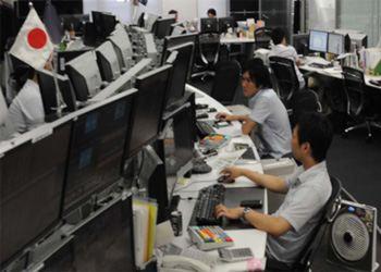 С первого июня все японские госслужащие стали приходить на работу в футболках и джинсах