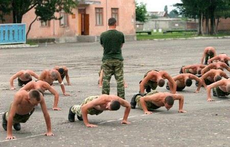 Сергей Шойгу не доволен уровнем физической подготовки в российской армии.