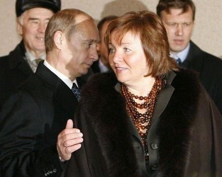 Владимир Путин и Людмила Путина развелись.