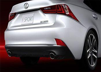 Стали известны цены на новый Lexus IS