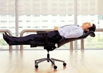 Рабочую производительность можно повысить, организовав в офис доступ естественного освещения