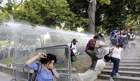 В Турции продолжаются антиправительственные беспорядки.