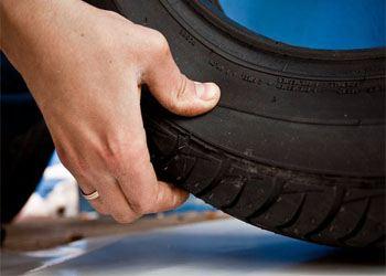 Люди активнее сдавали бы шины на утилизацию, если бы им платили за это