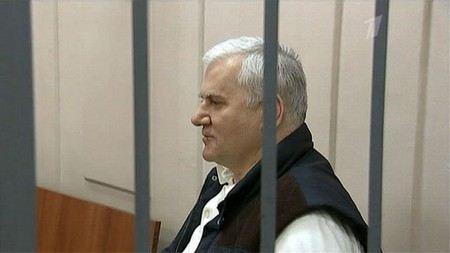 Мэр Махачкалы Саид Амиров находится в больнице после попытки суицида.